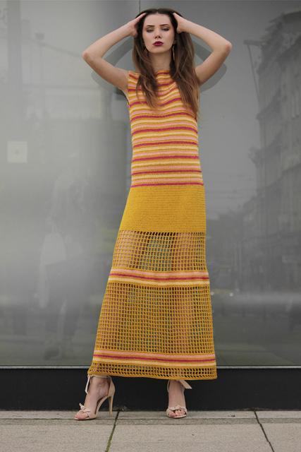 Sukienka długa szydełkowa z siatką1