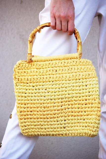 żółta torebka z pół okrągłymi rączkami2